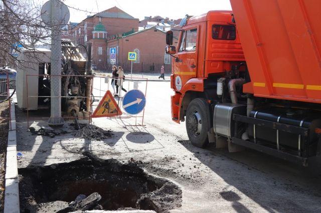 В Тюмени продолжается реконструкция водопровода