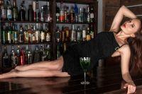 Многие пьют не потому, что хотят напиться. Для них это некое приключение, скрашивающее однообразную или слишком нервную жизнь.