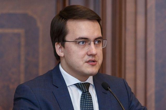 Валерий Фокин поддержал кандидатуру Емельянова.