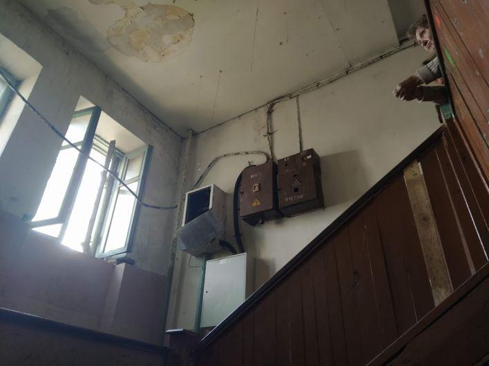 Электрощитки несколько раз заливало водой.