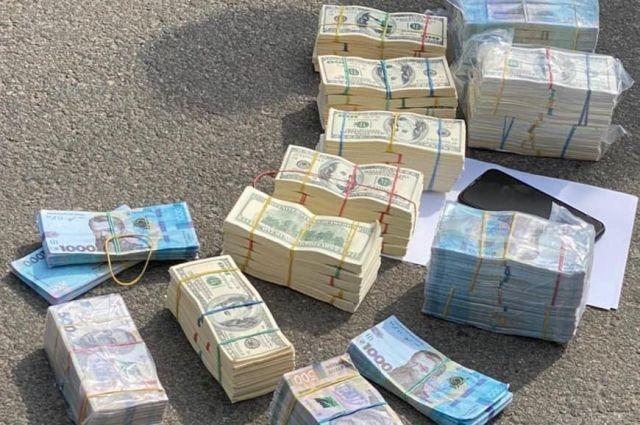 В Харькове злоумышленники вымогали 700 тыс. долларов у бизнесмена