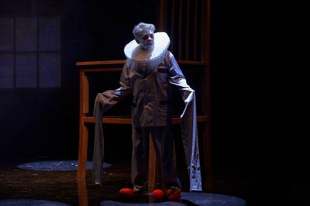 А. Водопьянов: «Залезть на стул проще, чем выдержать первые три сцены!»