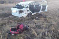 На трассе Оренбург – Орск приопрокидывании машины в кювет погибла 58-летняя женщина.