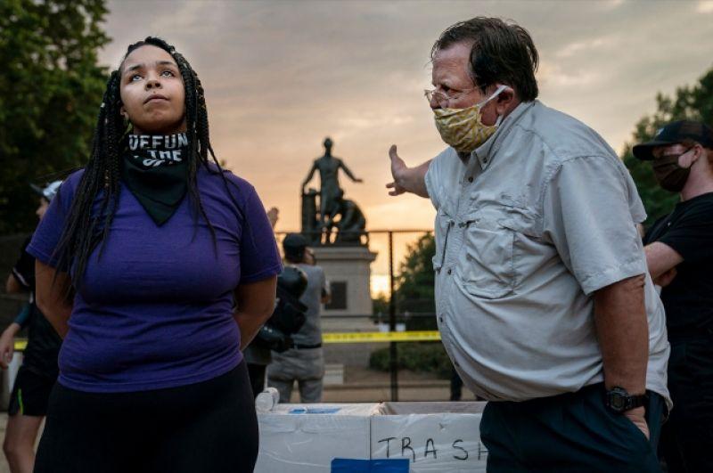 1-е место в категории «Горячие новости». Спор о сносе мемориала Линкольну в Вашингтоне.