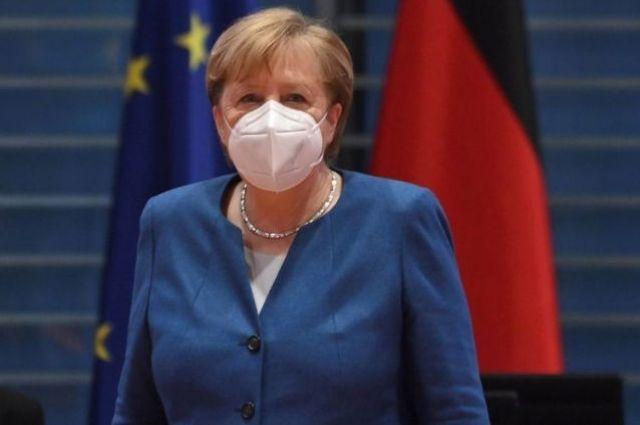 Ангела Меркель вакцинировалась от COVID-19.
