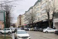 Улицы Нальчика забиты машинами.