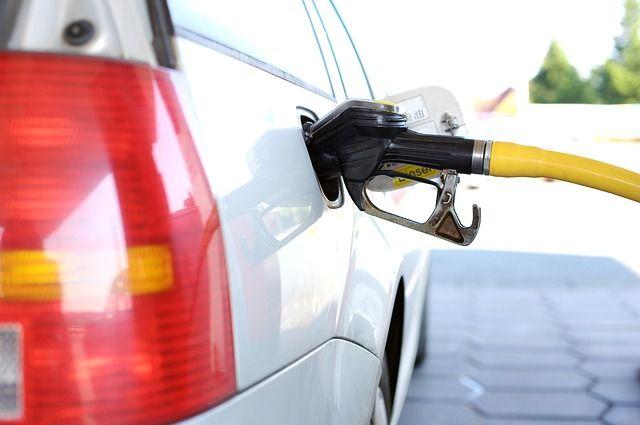 В Петербурге упал спрос на бензин