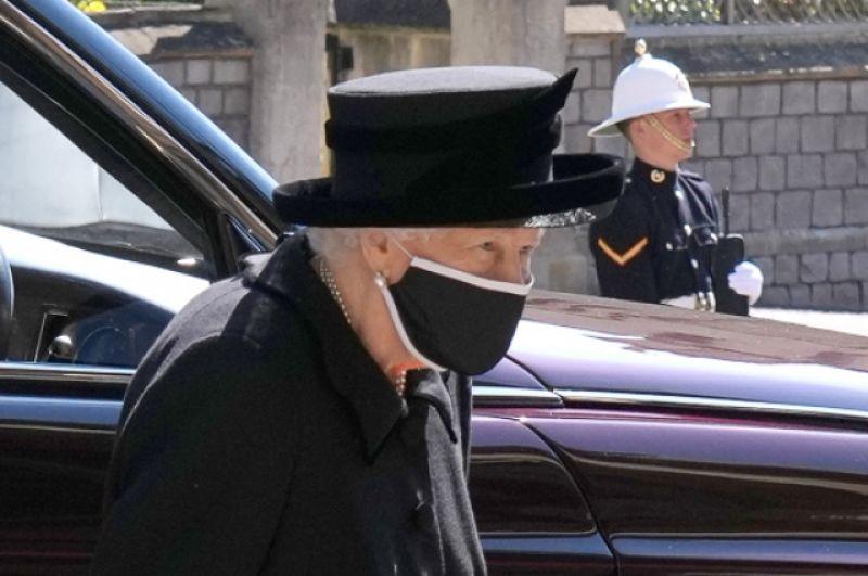 Королева Великобритании Елизавета II прибыла на похороны принца Филиппа.
