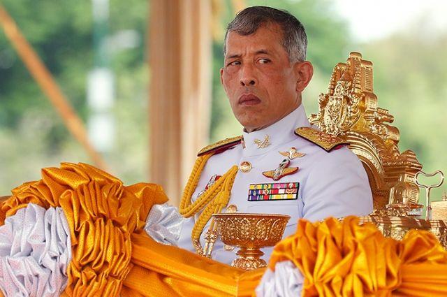 Король Таиланда помиловал всех заключенных украинцев