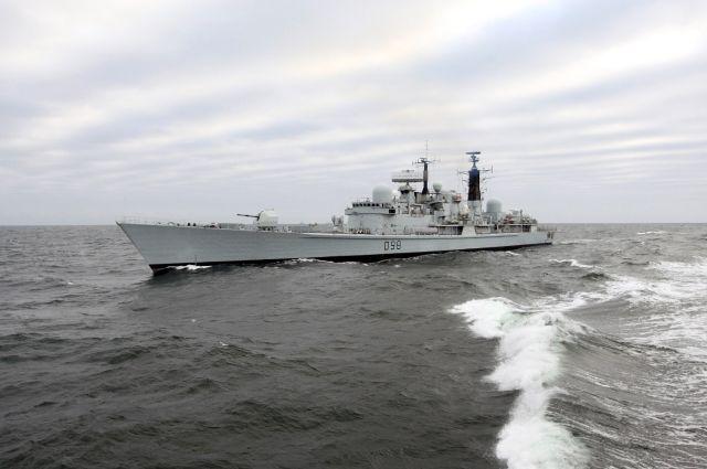 Эсминец ВМС Великобритании «Йорк».