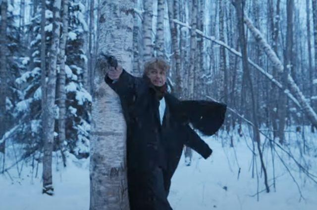 «Отбирает хлеб у Безрукова». В Сети обсуждают Петрова в роли Есенина