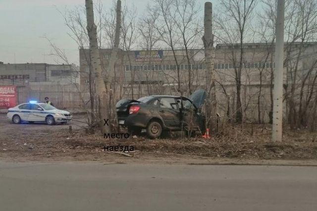 Травмы получили сам водитель и две его спутницы.