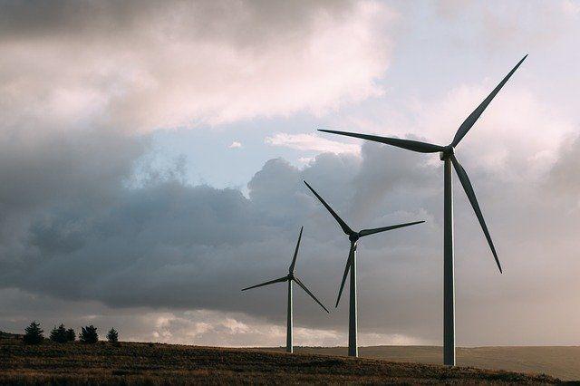 Порывы ветра до 20 м/с.