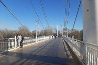 В Оренбурге подрядчика на ремонтные работы на пешеходном мосту через Урал определят 27 апреля.