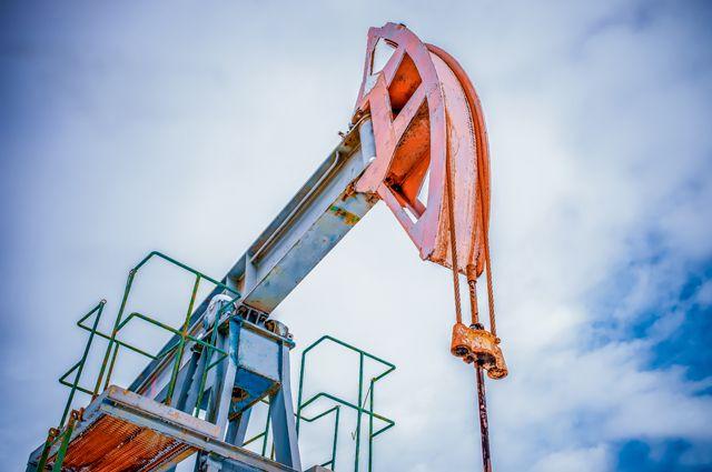 Запасы истощились. Может ли нефть подорожать до 74 долларов?