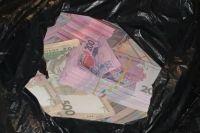 Чиновник Секретариата Кабмина пойдет под суд за взятку в 2,5 млн гривен