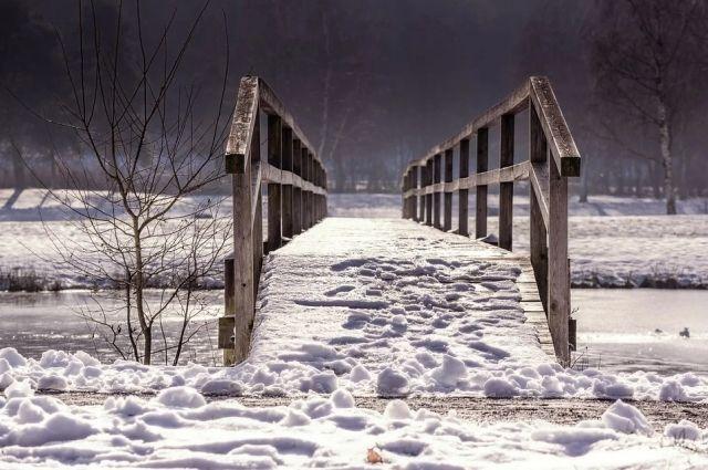 В Оренбуржье восстановлено движение транспорта по трем низководным мостам.