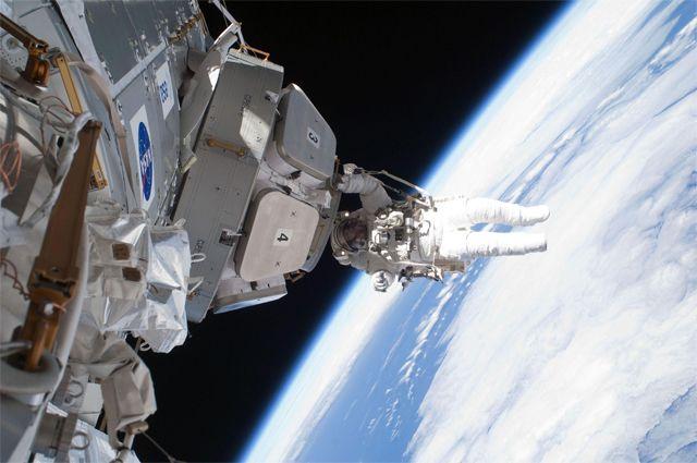 «Трещины — это лишь повод». Почему Россия решила выйти из проекта МКС?