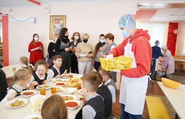 Общественники недавно побывали в ижевских школах № 20 и 93.