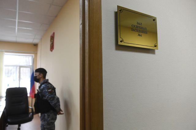 «Атлет» расправил плечи. Сотрудник ВШЭ обвиняется всовращении малолетних