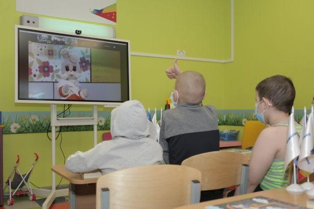 ВТБ передал детской РКБ в Ижевске новое оборудование