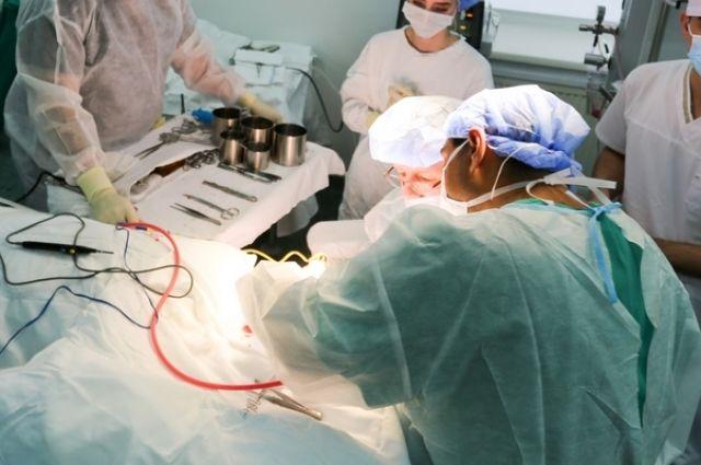 Украинские кардиохирурги прооперировали 91-летнего пациента