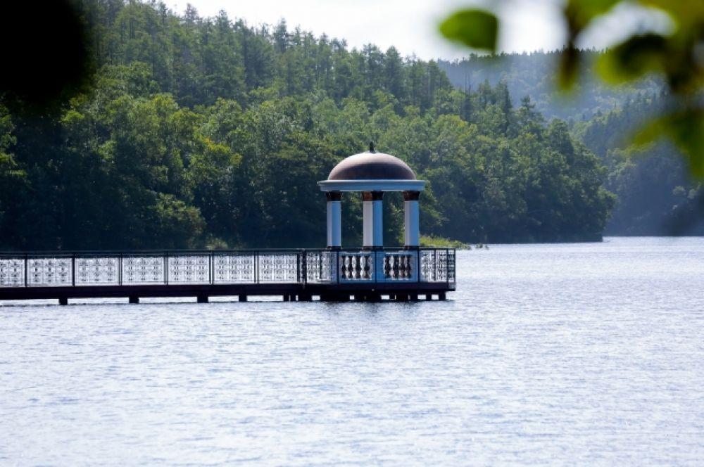 Ротонда на озере Верхнее