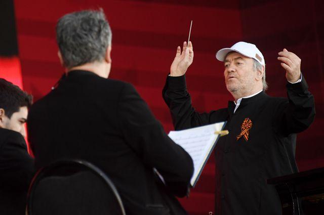 Дирижер симфонического оркестра Мариинского театра Валерий Гергиев.