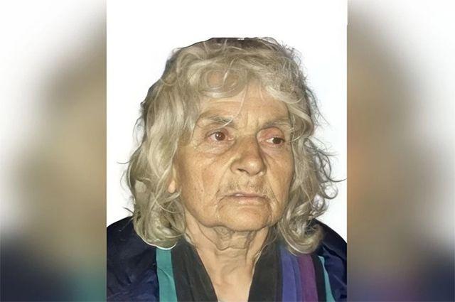 В Новосибирске пропала 79-летняя пенсионерка без руки