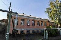 В Оренбурге снесли два аварийных дома на Яицкой, построенных еще до революции.
