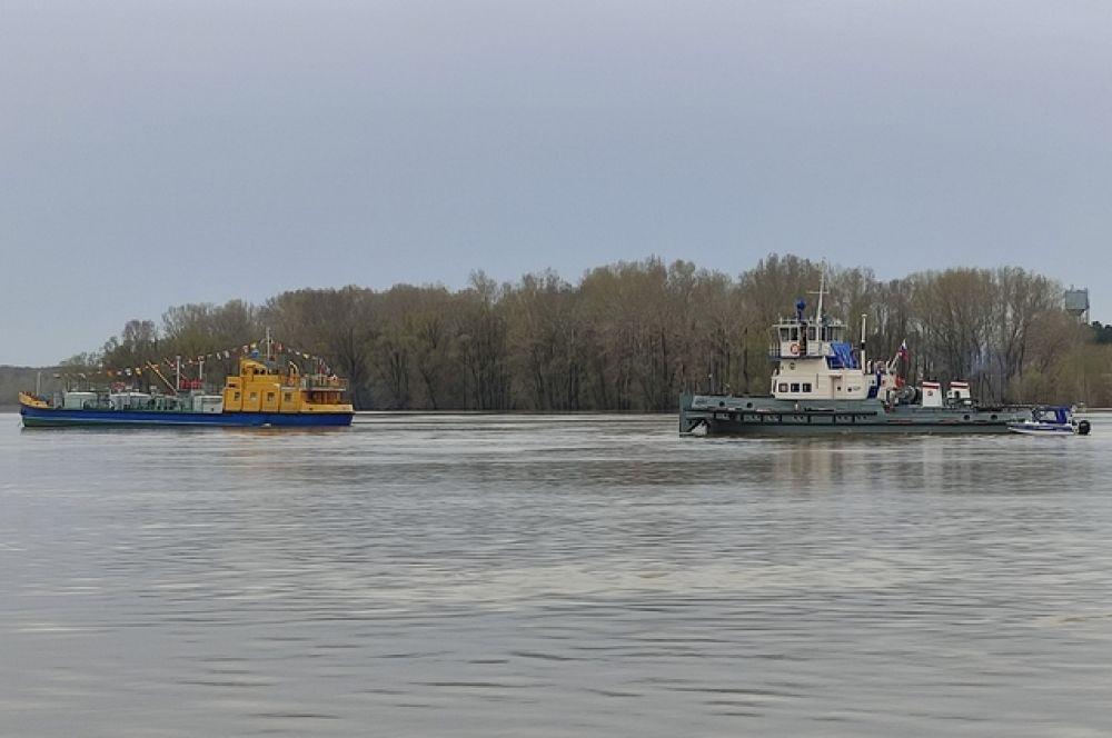 У нашего пароходства остались лишь грузовые суда.