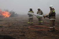 Жителям запретили разводить открытый огонь.