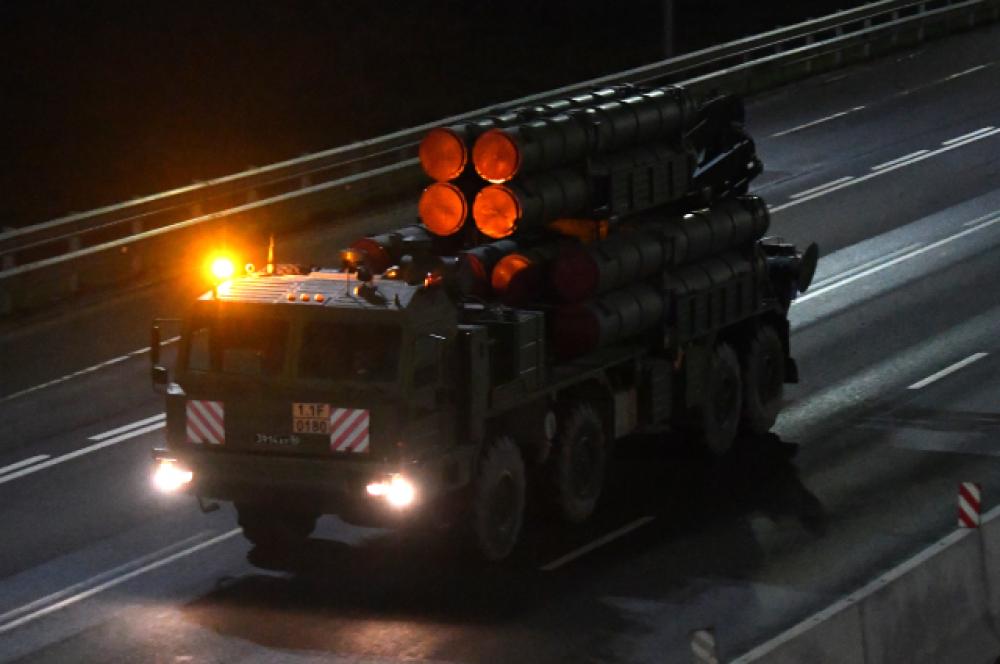 Транспортно-заряжающая машина 9т243М зенитно-ракетного комплекса (ЗРК) «Бук-М3».