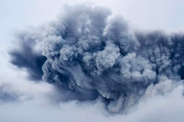 В Оренбурге жильцам дома, где был пожар, понадобилась помощь.