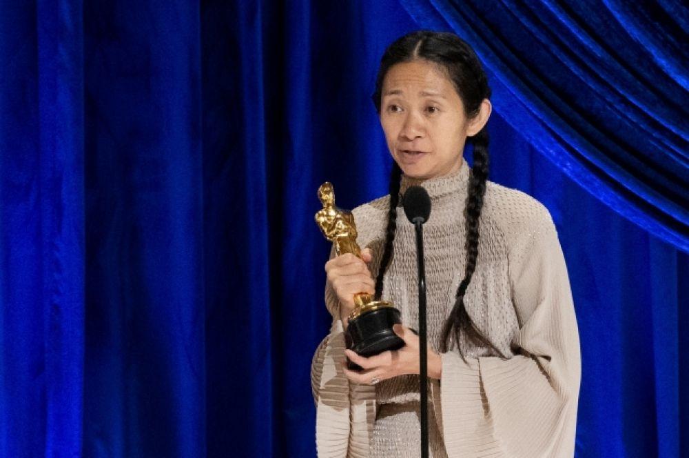 «Оскар» за лучшую режиссуру достался Хлое Чжао, снявшей «Землю кочевников».
