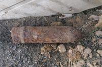 Житель Акбулакского района обнаружил ржавый боевой снаряд.
