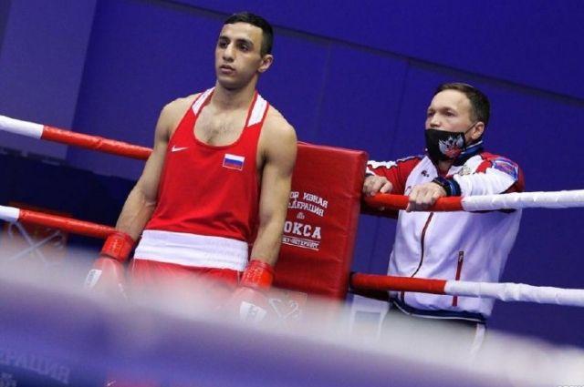 Габил Мамедов выступал на международном турнире в весовой категории до 63 кг.
