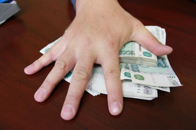 Минтруд разъяснил порядок оплаты труда с 4 по 7 мая.