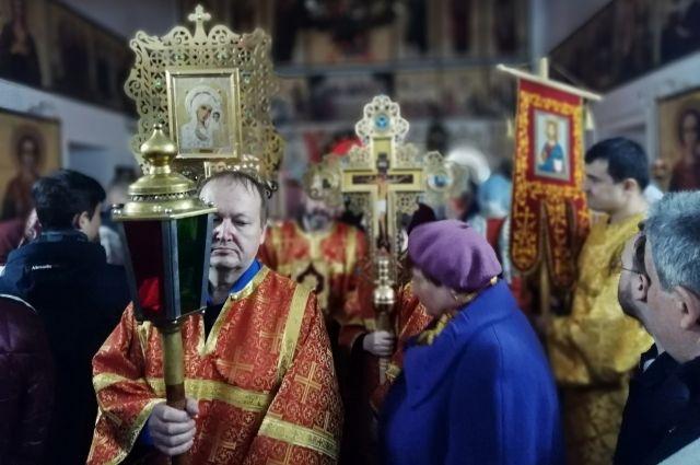 2 мая планировался Пасхальный крестный ход, а 7-8 мая – Ыбский.