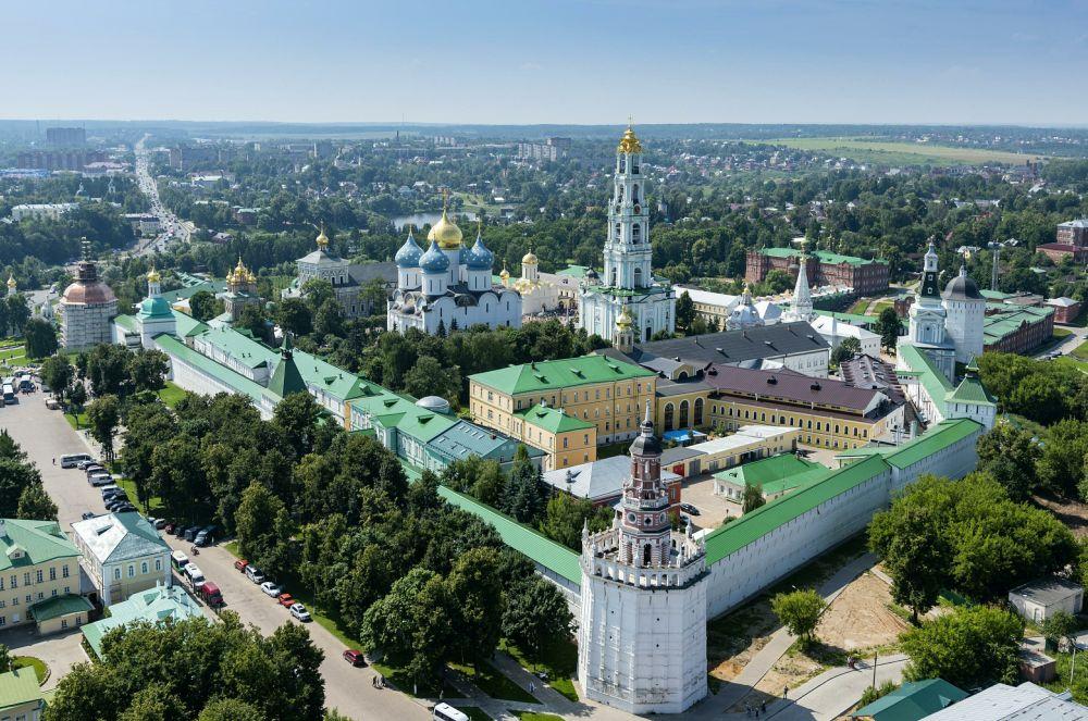 Свято-Троицкая Сергиева Лавра в Сергиевом посаде (Московская область)