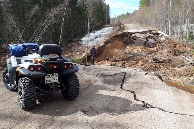 Разрушение участка автомобильной дороги произошло между деревнями Ипатово и Шыладор.
