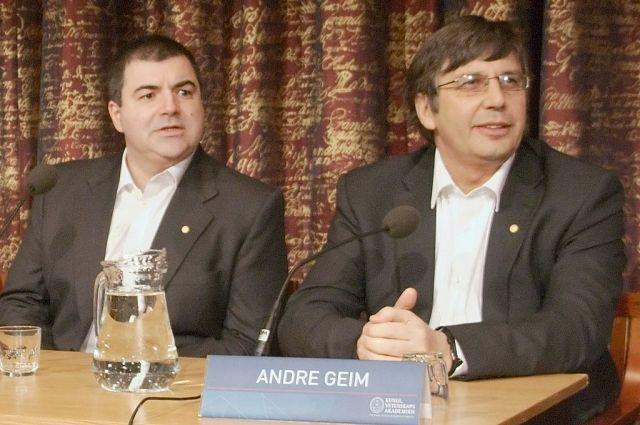 Лауреаты Нобелевской премии российские ученые Андрей Гейм и Константин Новосёлов, которые мигрировали на Запад.
