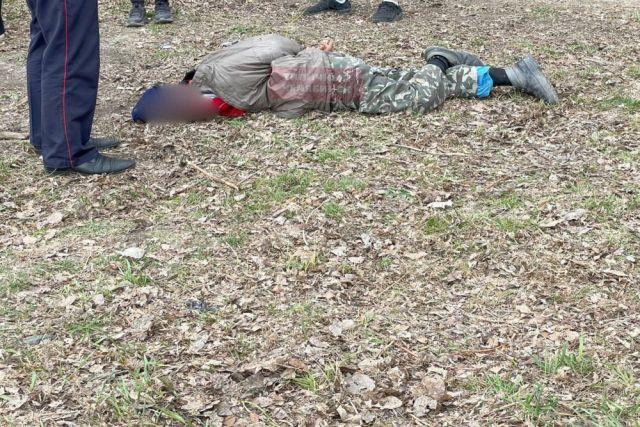 Очевидцы связали мужчину и удерживали его до приезда полиции.