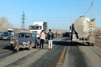 На выезде из областного центра в сторону Самары произошла авария.