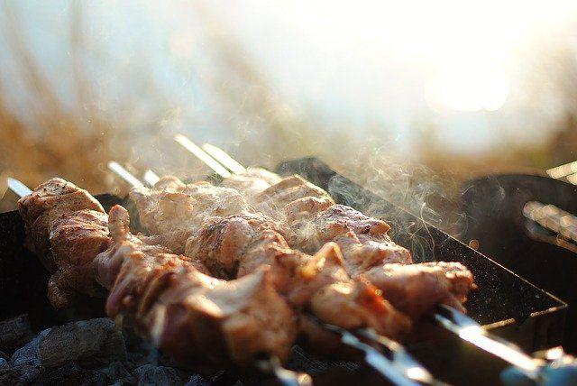 В МЧС Башкирии рассказали, как приготовить шашлык и не устроить пожар