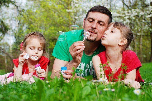 До 15 мая приостановлена деятельность детских игровых комнат