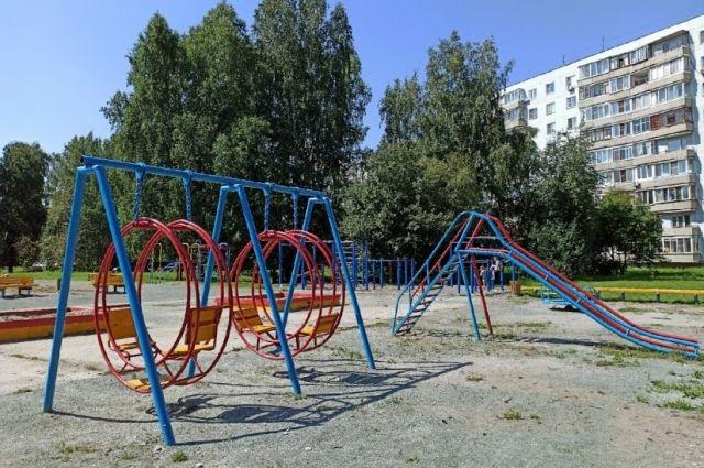 По мнению Андрея Михайлова, перенос столицы района в Краснообск откроет для поселка новые перспективы. Так, жители смогут быстрее решать текущие проблемы.