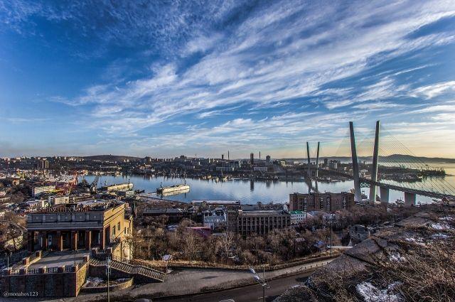 Тревел-проекты «Мир своими глазами» и «Регионы России» сняли о Владивостоке