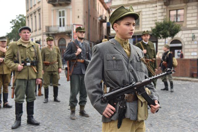 Марш националистов на Украине в честь создания Украинской повстанческой армии (УПА), 2020 г.