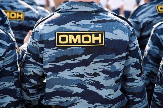 К рынку в Аксайском районе под Ростовом стянули военную технику и ОМОН
